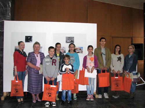 Награђени ученици на литерарном конкурсу